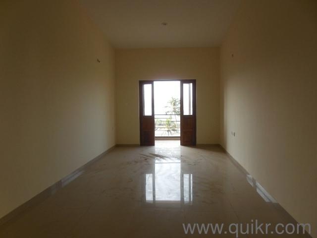 1001 sqft Apartment/Flat for rent in Ribandar, Goa